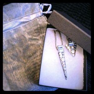 Chloe and Isabel rhinestone pregnant necklace